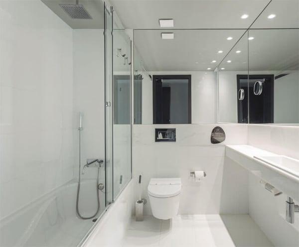 mampara-de-ducha-corredera-vita-de-profiltek-en-el-vitoria-stone-hotel