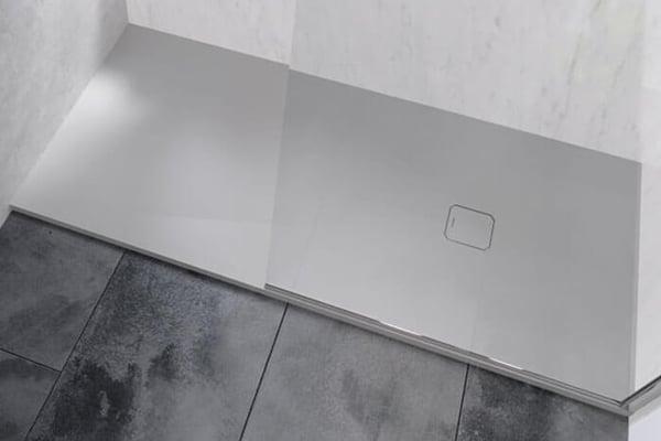 Nova base de duche extra-plana Zenda da PROFILTEK para projectos de Contract