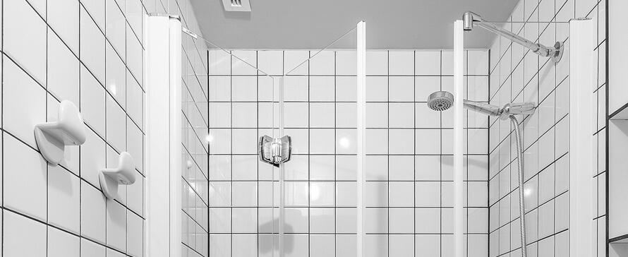 TSH Campus opte pour PROFILTEK pour les parois de douche